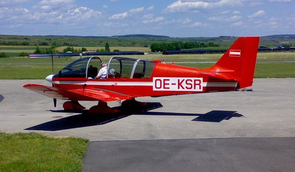 Robin DR 400
